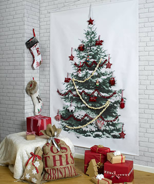 original_christmas-tree-wall-hanging